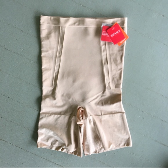 42072ca6d1b32 NWT!! Spanx OnCore High-Waisted sculpt shirt nude